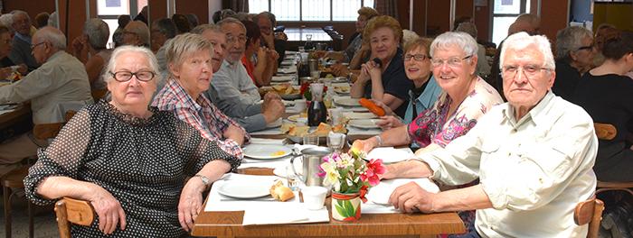 aines-repas-de l-amitié-mai2014