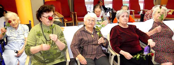 maison-retraite-mai2014-fête des mères-2