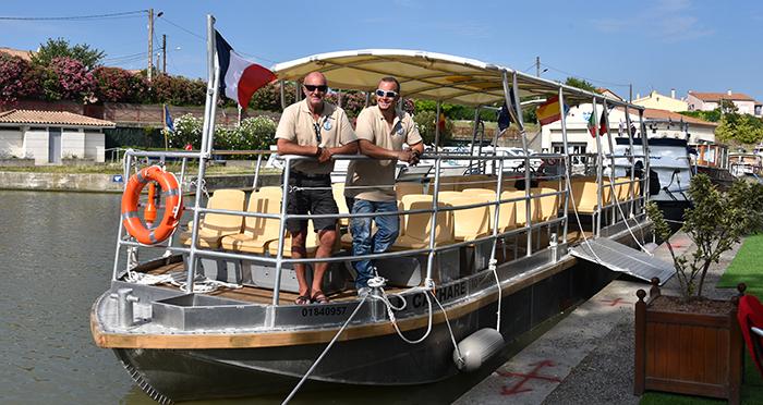 le cathare bateau croisi re sur le canal du midi a tr bes. Black Bedroom Furniture Sets. Home Design Ideas