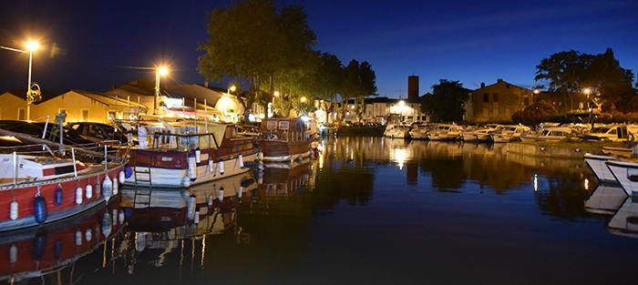 port by night-pt