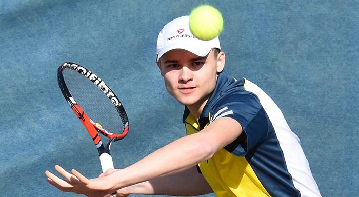 Axel Ventresque vainqueur du Tournoi Jeunes en 15-16ans