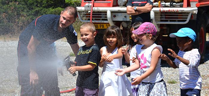 maternelle-floralies-pompiers-juin2014
