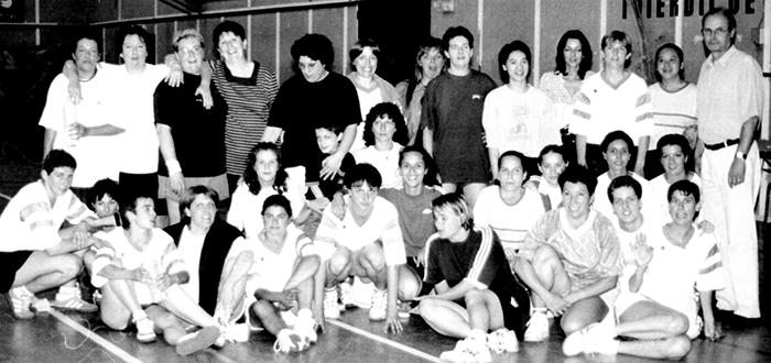 hand-années90- filles Trèbes